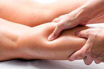 Каждый из нас хотя бы раз в жизни страдал от отеков и тяжести в ногах. Малоподвижный образ жизни, стоячая работа - причин для появления неприятных ощущений может быть множество. Справиться с ними поможет  массаж ног.Популярность  массажа ног объясняется тем, что помимо оздоравливающего, он имеет и ярко выраженный лимфодренажный эффект.Массаж улучшает обмен веществ и питание тканей, убирает застойные явления, избавляет от тяжести и отёков в ногах. Эффекты от процедуры: 🔸повышение гладкости и эластичности кожи; 🔸избавление от отеков, застойных явлений; 🔸профилактика варикоза; 🔸кожа приобретает упругость; 🔸повышает иммунитет. Длительность процедуры: 30 минут Стоимость процедуры : 700 руб. По всем вопросам можете обращаться по 📞 89237771928 С уважением Ваш мастер Екатерина.